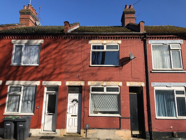 3 Bedroom Terraced House – Maple Road
